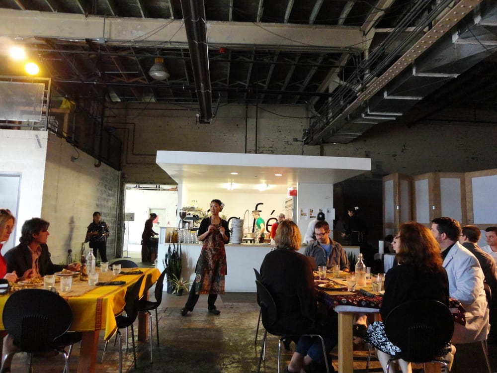 Komodo Kitchen: 220 Nine Mile Rd, Ferndale, MI