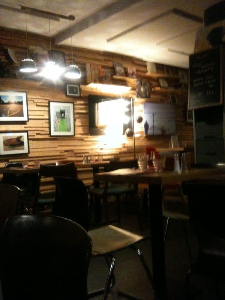 Mauricette brasseries 10 place viarme nantes france - La maison cafe nantes ...