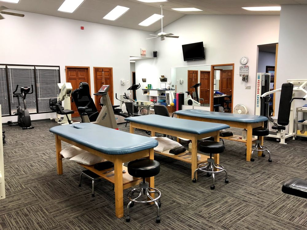 Fox Valley Physical Therapy & Wellness Clinic: 909 S Washburn St, Oshkosh, WI