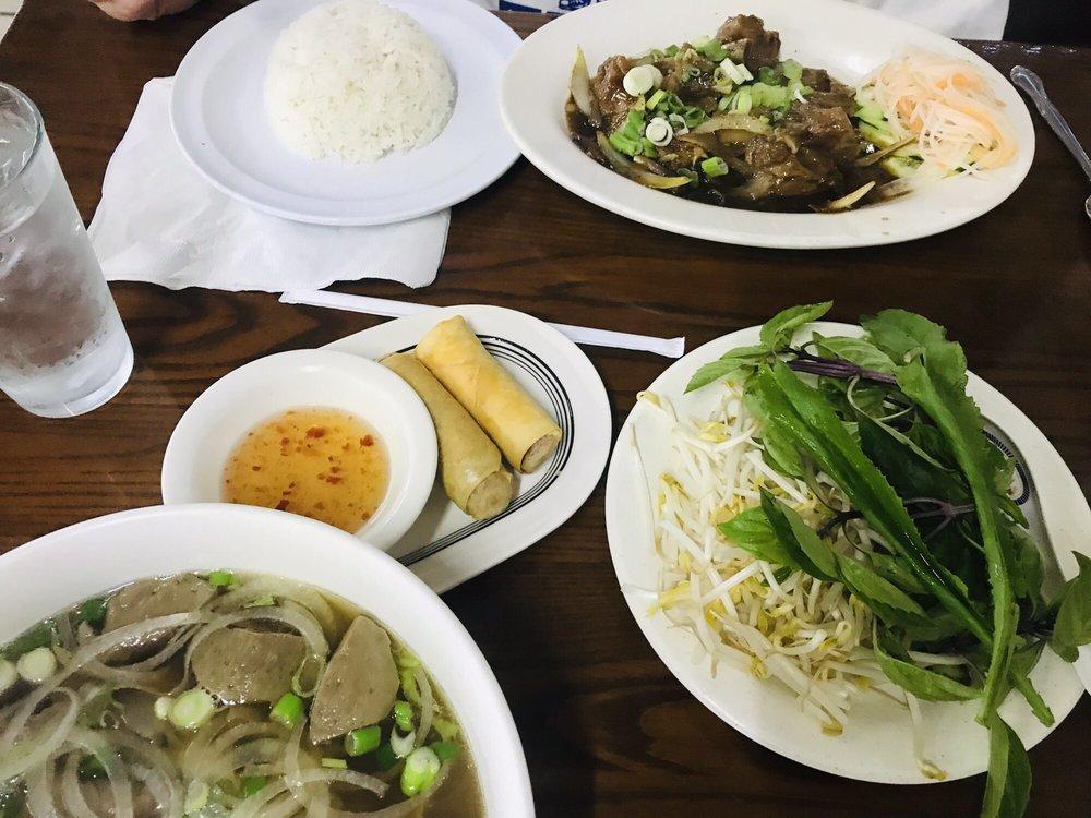 Pho Saigon Vietnamese Restaurant: 10128 US Hwy 19, Port Richey, FL