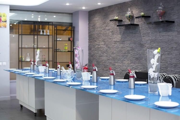 le labo culinaire cole de cuisine paris atelier enfants cuisine japonaise ludique id e sortie. Black Bedroom Furniture Sets. Home Design Ideas