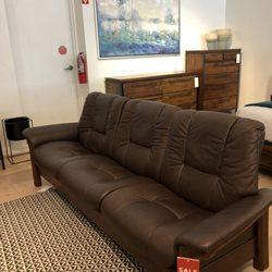 Scandinavian Designs 35 Photos 40 Reviews Furniture S 266 A Bella Vista Rd Vacaville Ca Phone Number Yelp
