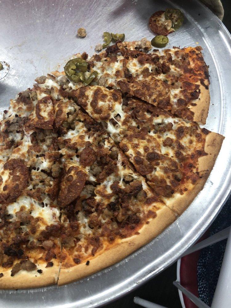 Larry's Pizza: 4500 Hwy 5 N, Bryant, AR