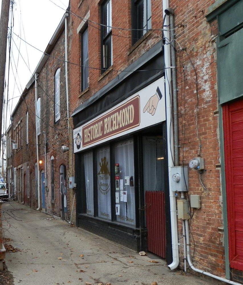 Historic Depot District Murals - E St & Ft Wayne: 193 Fort Wayne Ave, Richmond, IN