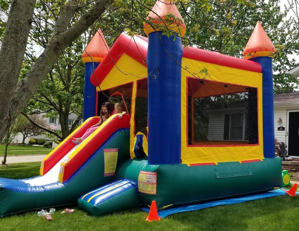 Party Favor Event Rentals: 993 Smokerise Dr, Medina, OH