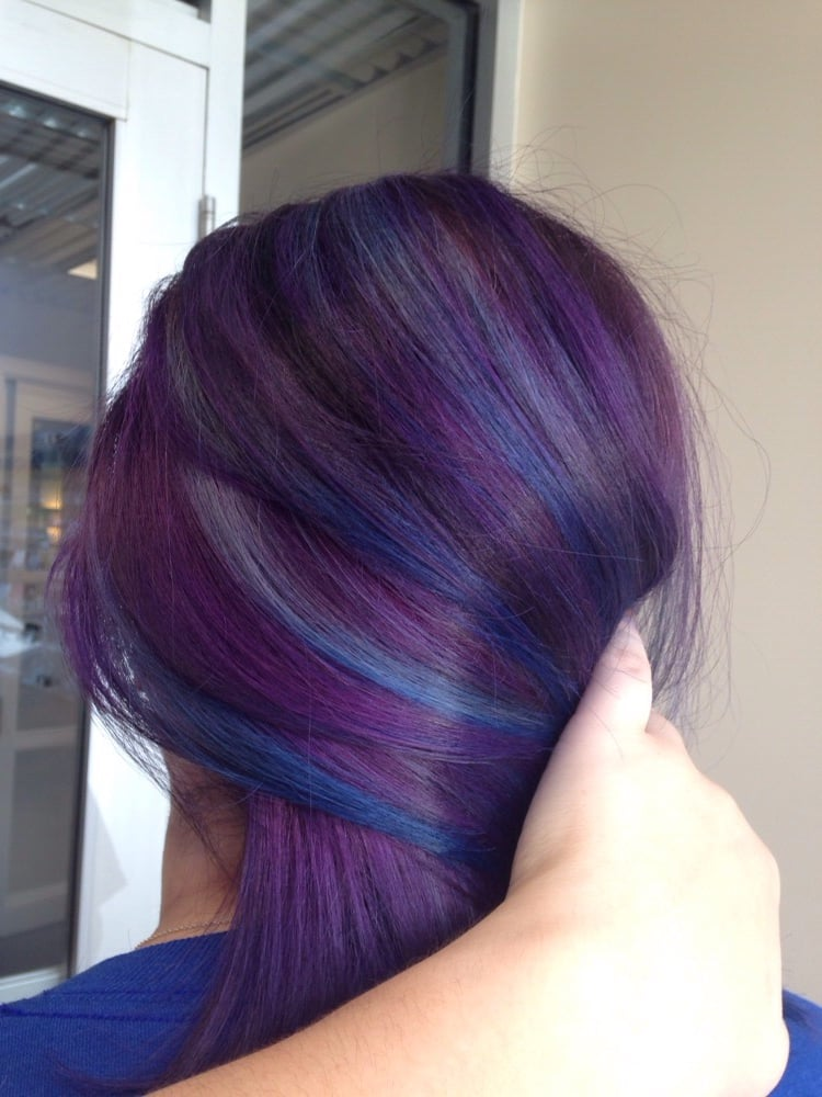 Vivid dimensional color! Violet base with sky blue to ...