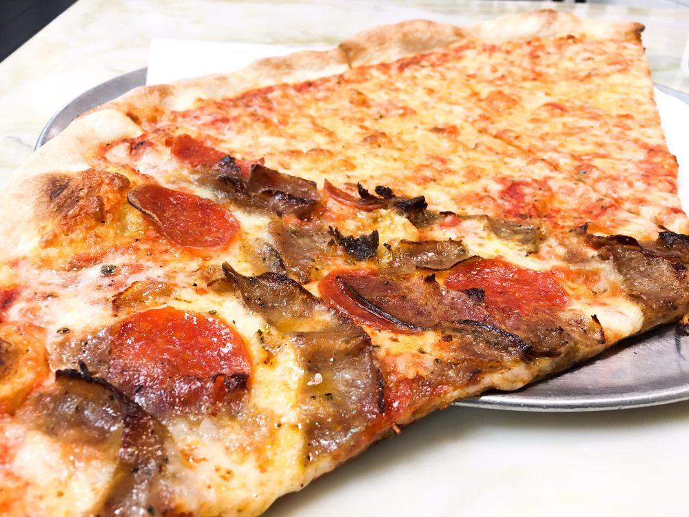 Rocco's NY Pizzeria