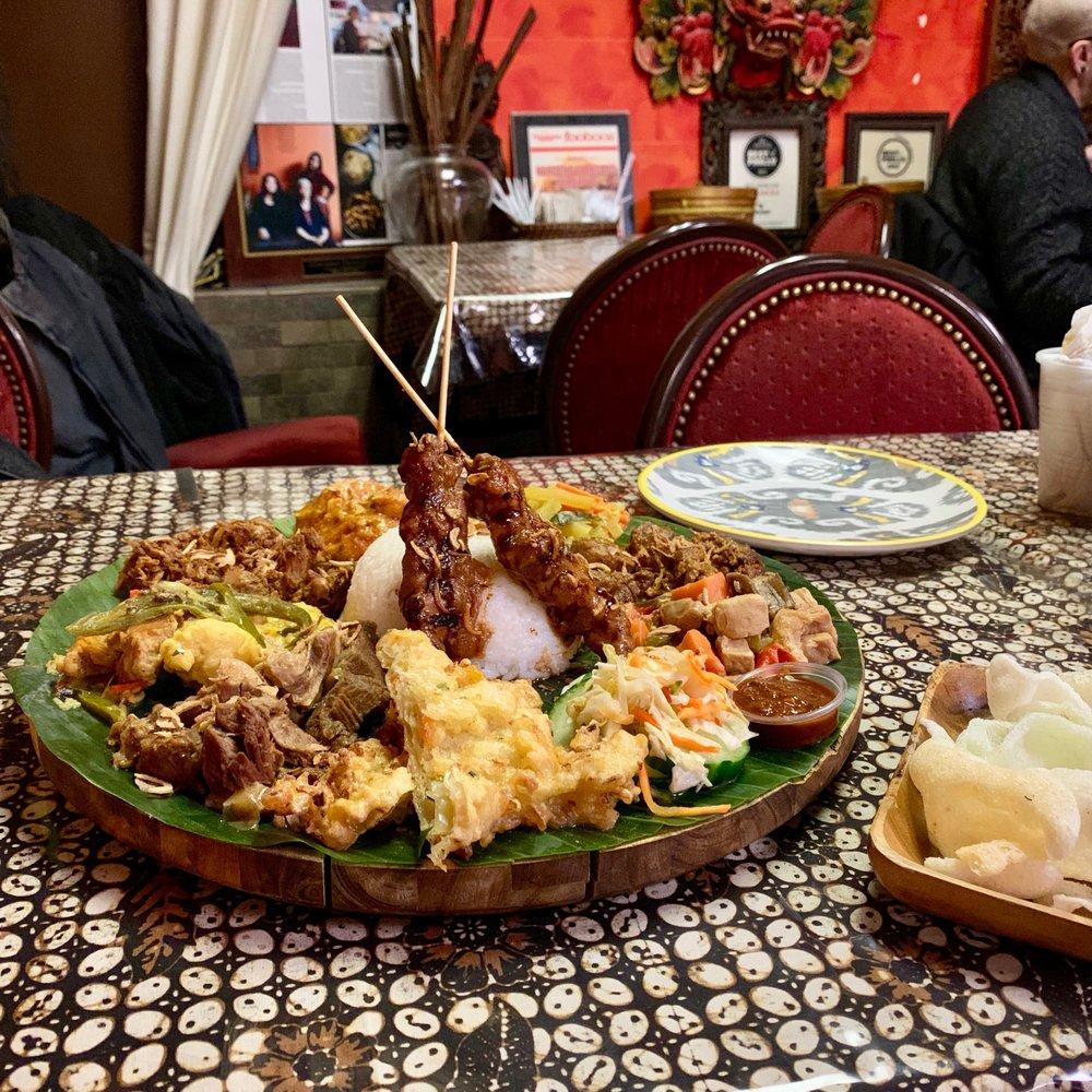 Hardena/Waroeng Surabaya Restaurant