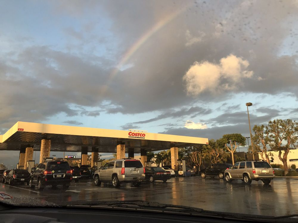 Costco Gasoline: 14501 Hindry Ave, Hawthorne, CA