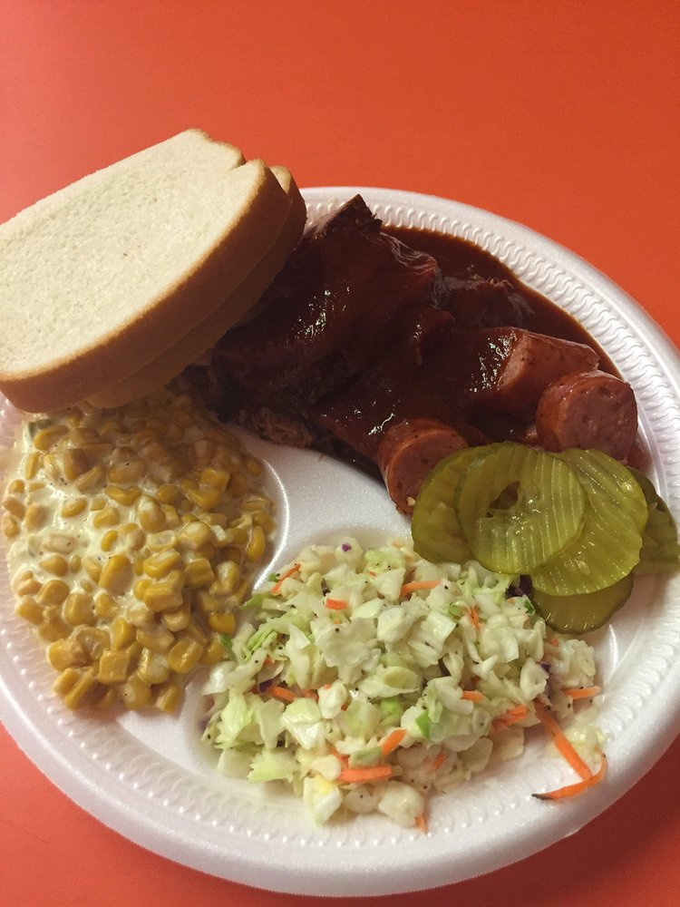 Easterling's Bar-B-Que: 1801 S Commercial Ave, Anson, TX