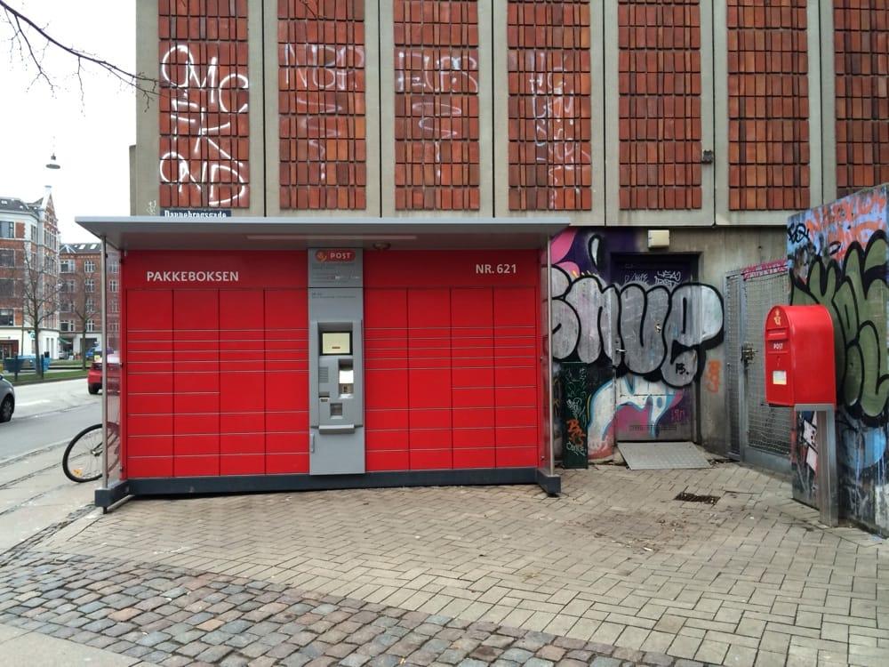 pakkeboks 621 bureau de poste vesterbro copenhague danemark avis photos yelp. Black Bedroom Furniture Sets. Home Design Ideas