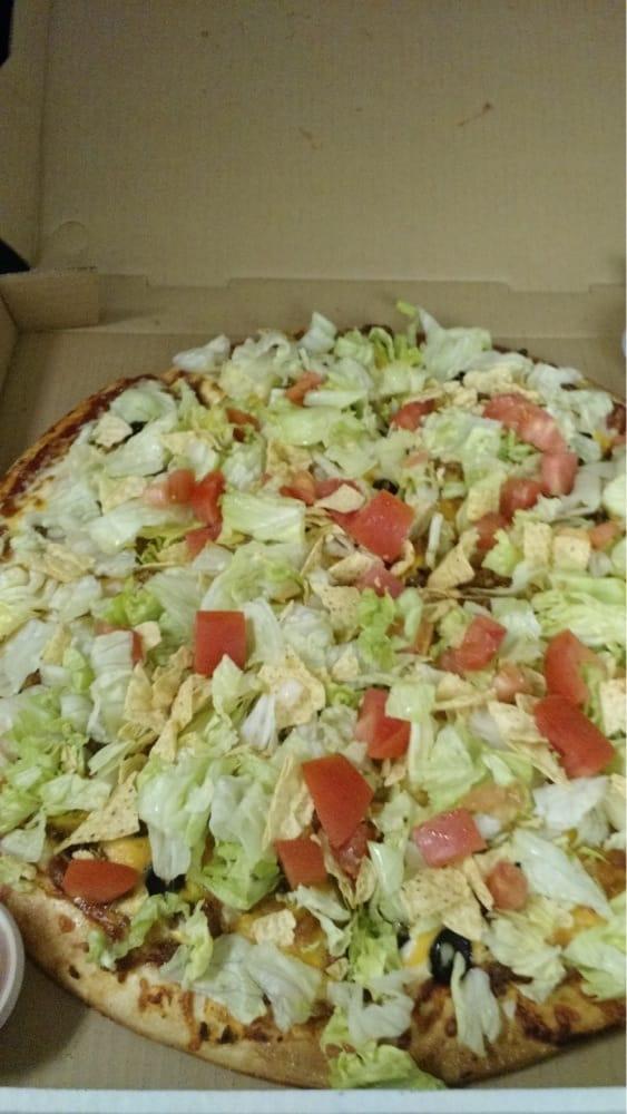 Monty's Pizza: 105 Michigan Ave, Orofino, ID