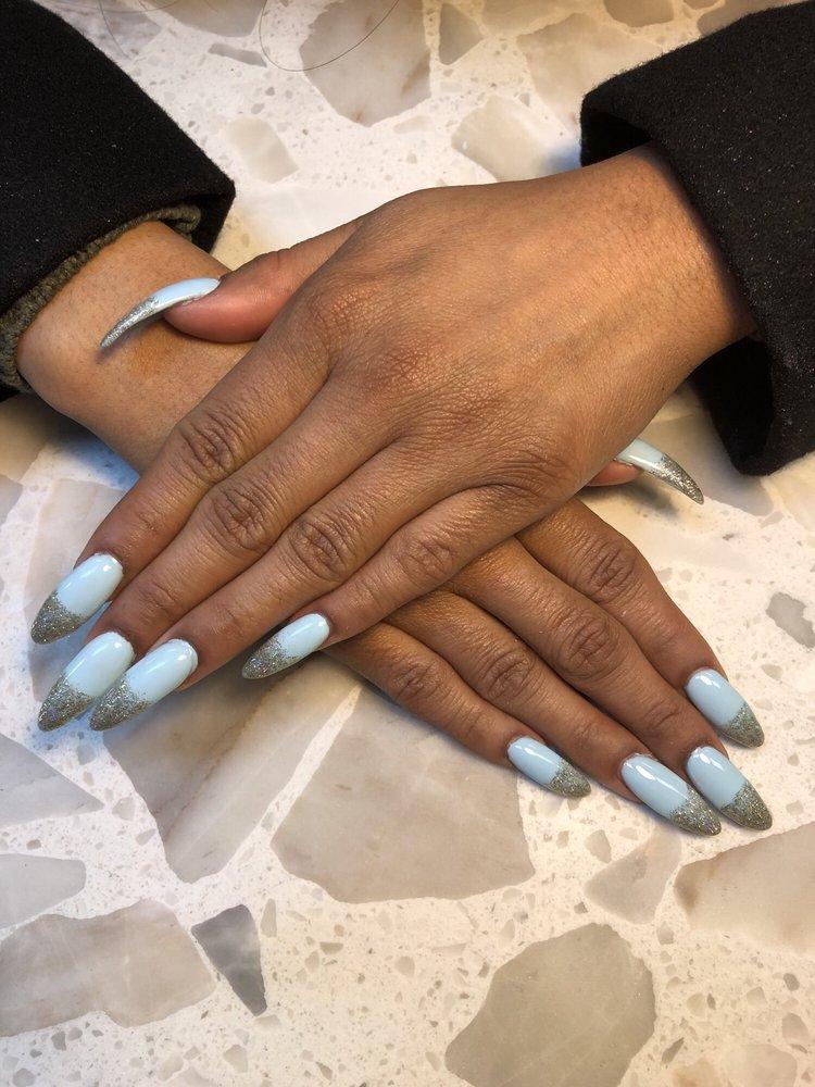LA Nails: 2708 28th St, Boulder, CO