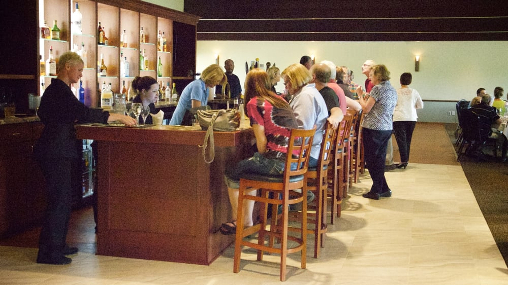 Old Hickory Dining: W7596 State Rd 33, Beaver Dam, WI