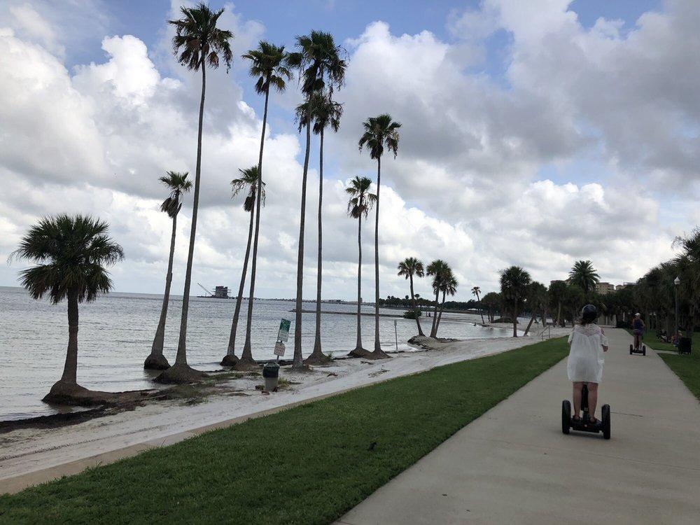 Doos Amazing Tours: 335 2nd Ave NE, St Petersburg, FL