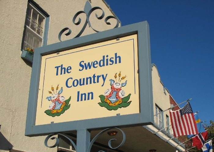 Swedish Country Inn: 112 W Lincoln St, Lindsborg, KS