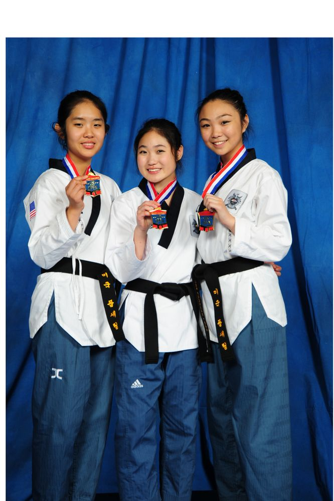 Considerate Karate Medals Goods Of Every Description Are Available Other Combat Sport Supplies Boxing, Martial Arts & Mma