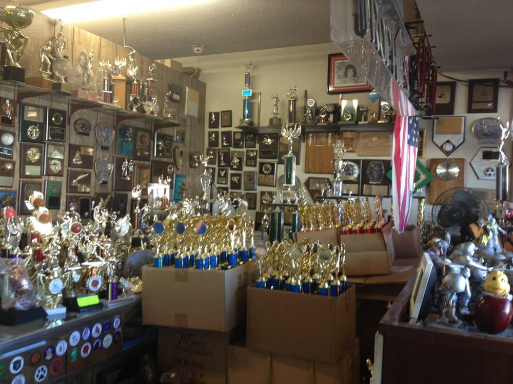 G & W Custom Awards: 15846 Main St, La Puente, CA