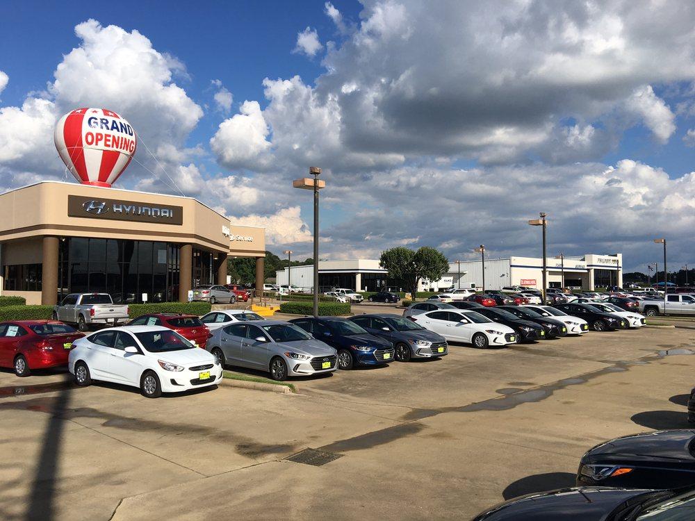 Philpott Hyundai: 1400 US 69, Nederland, TX