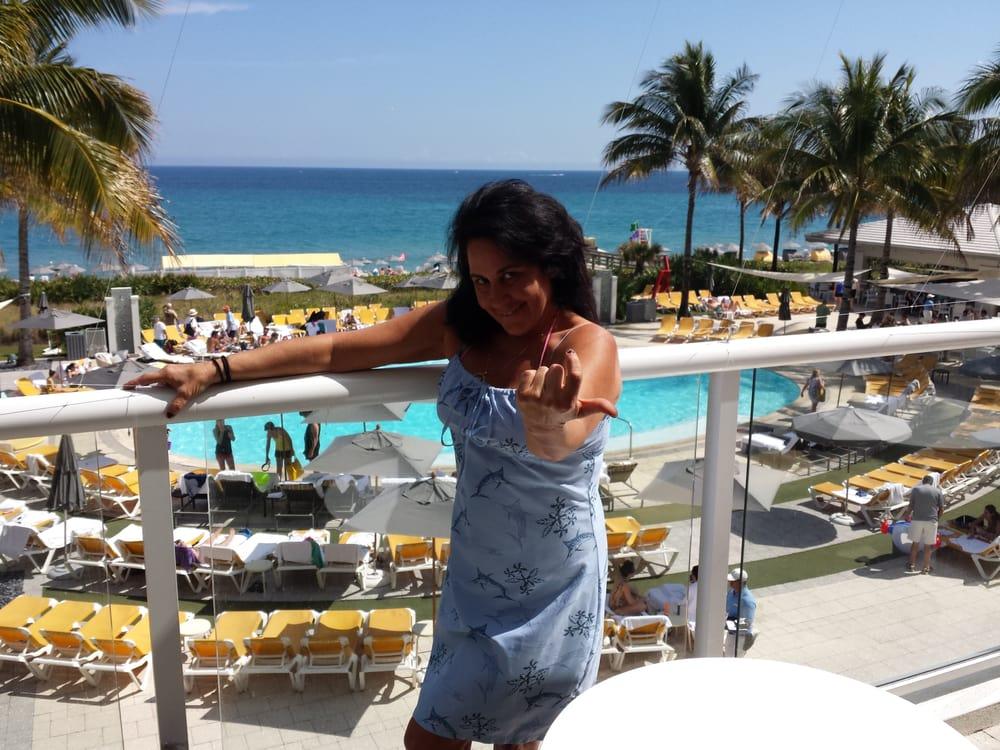 Invitations Plus, Boca Raton, FL by Andrea R.