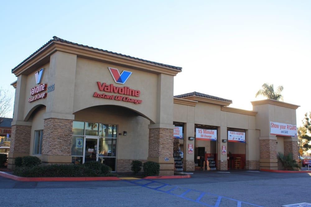 Valvoline Instant Oil Change: 3335 Iowa Ave, Riverside, CA