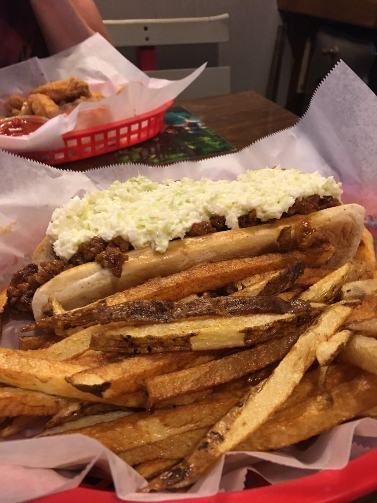 Spud's Corner: 4019 Alabama Ave NW, North Lawrence, OH