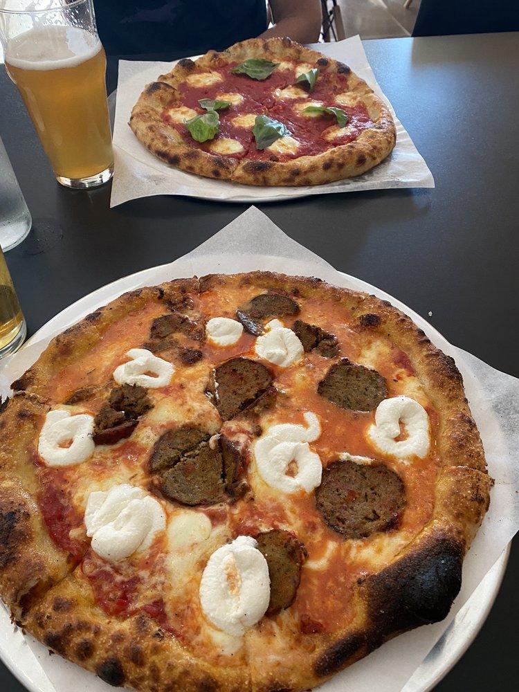 Reilly Craft Pizza & Drink NORTH: 7262 N Oracle Rd, Tucson, AZ