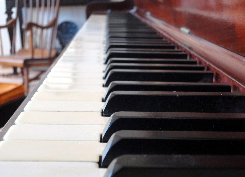 Gary Kahn Piano Service: Acton, CA