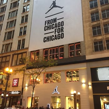 jordan store 83 photos 34 reviews sports wear 32 s state st the loop chicago il phone number yelp