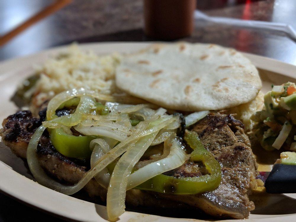 El Salvadoreño: 9860 W 87th St, Overland Park, KS