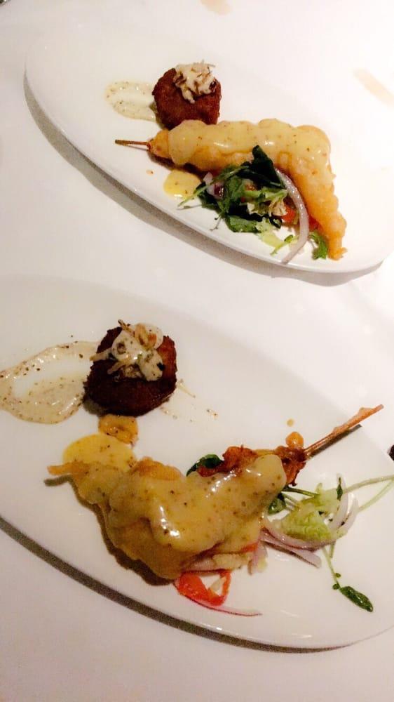Joe Muer Seafood: 400 Renaissance Ctr, Detroit, MI