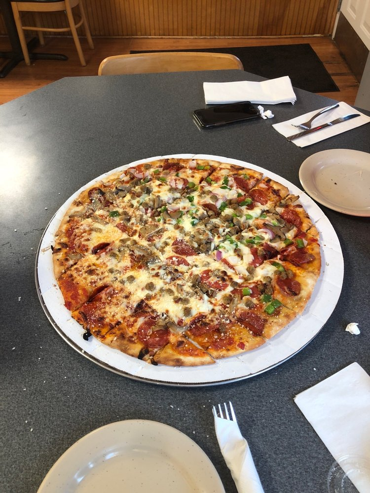 Food from Slim's Neighborhood Bar & Grille