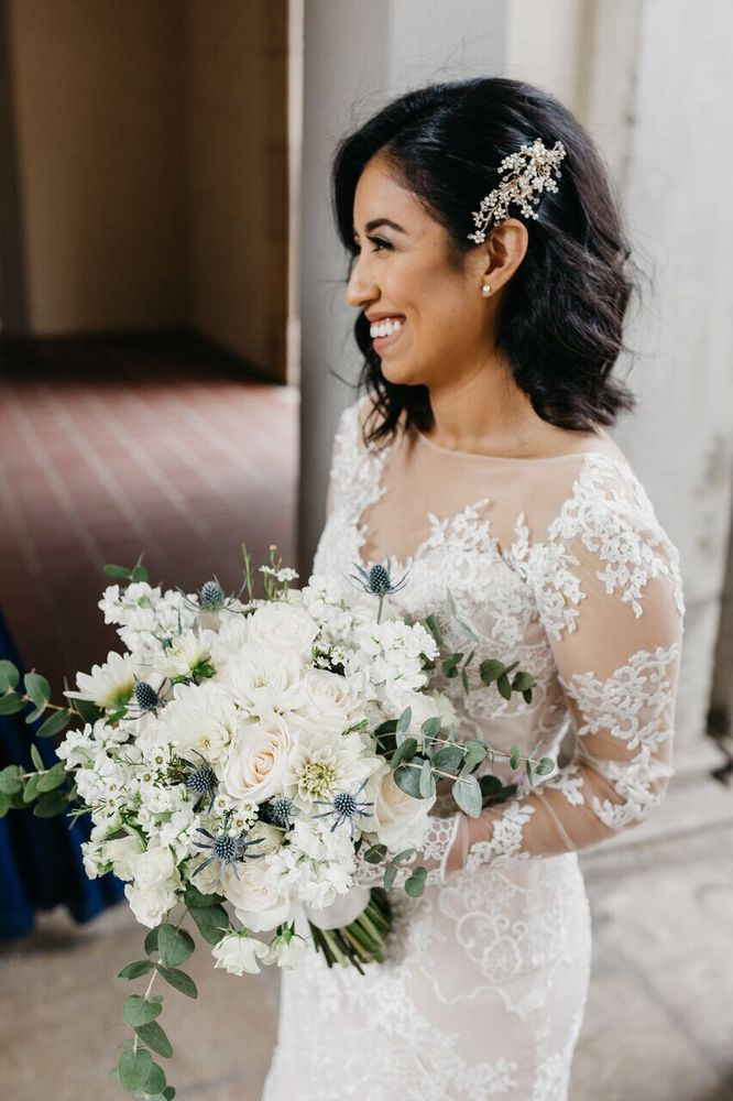 Bridal hair by Miranda Torres/ instagram
