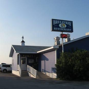 Breezeway Restaurant In Topsail Beach Nc