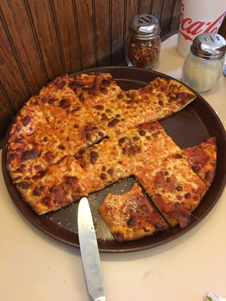 Lorobi's Pizza: 248 2nd Ave, Gallipolis, OH