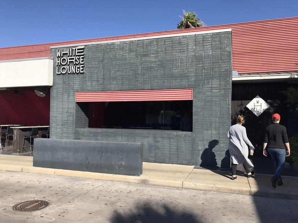 White Horse Lounge: 2101 Veterans Blvd, Del Rio, TX