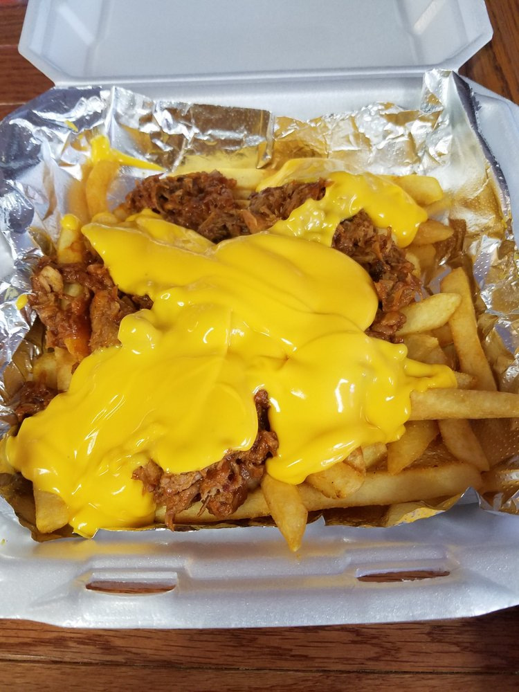 Waterfront Cafe: 799 S 22nd St, Decatur, IL