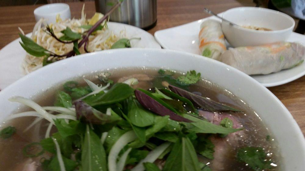 DJ Restaurant Pho Vietnamese