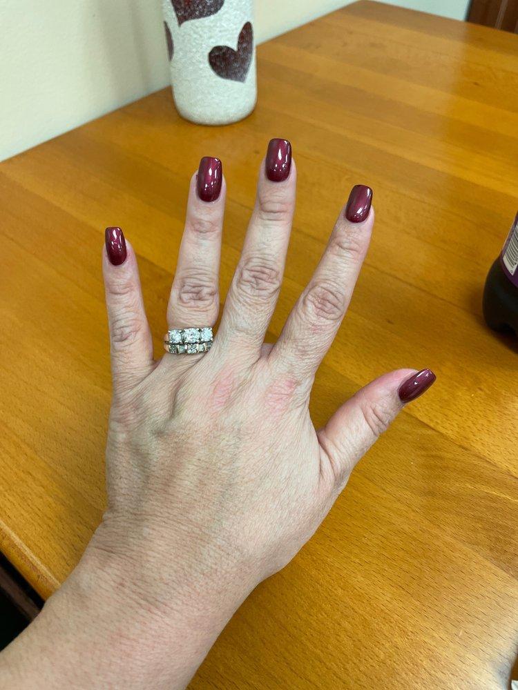 Perfect Nails: 13900 US Hwy 29, Chatham, VA