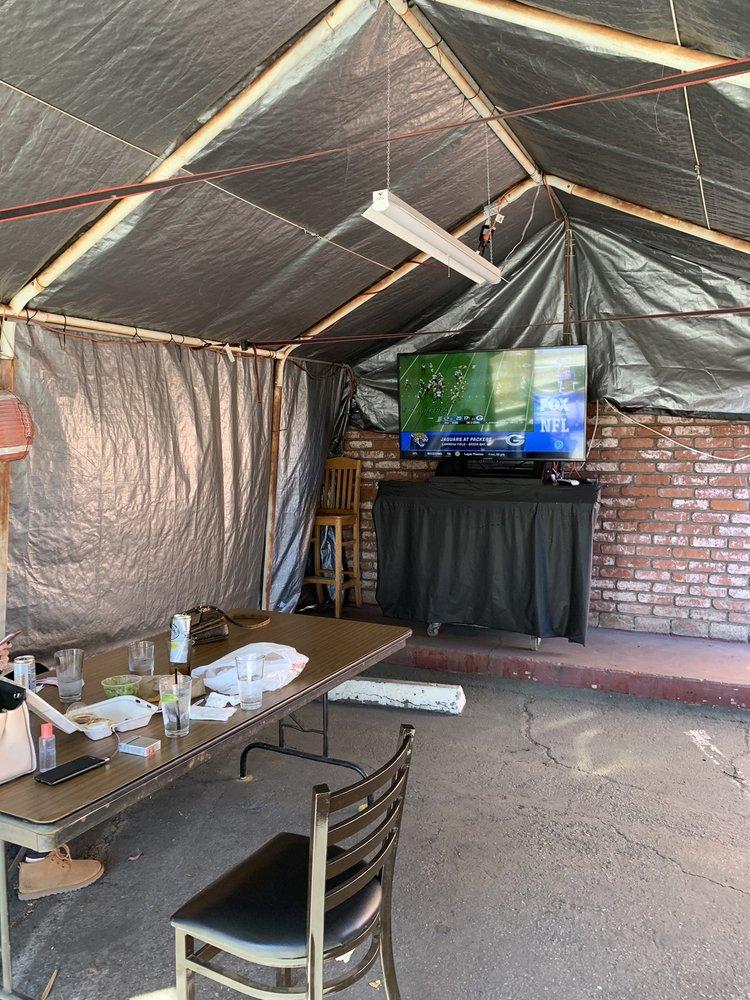 Bert's Stadium Sports Bar: 208 S Fair Oaks Ave, Sunnyvale, CA