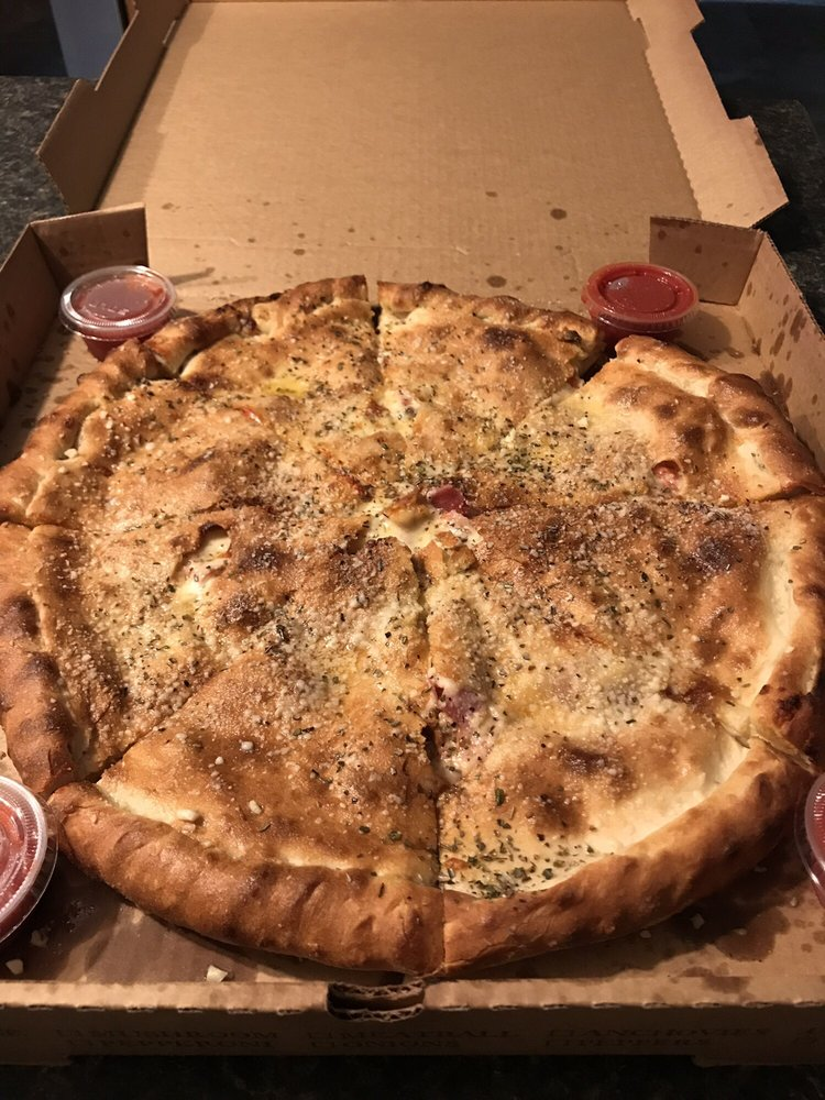 3 Sisters Pizzeria: 5 B Market, Beaufort, SC