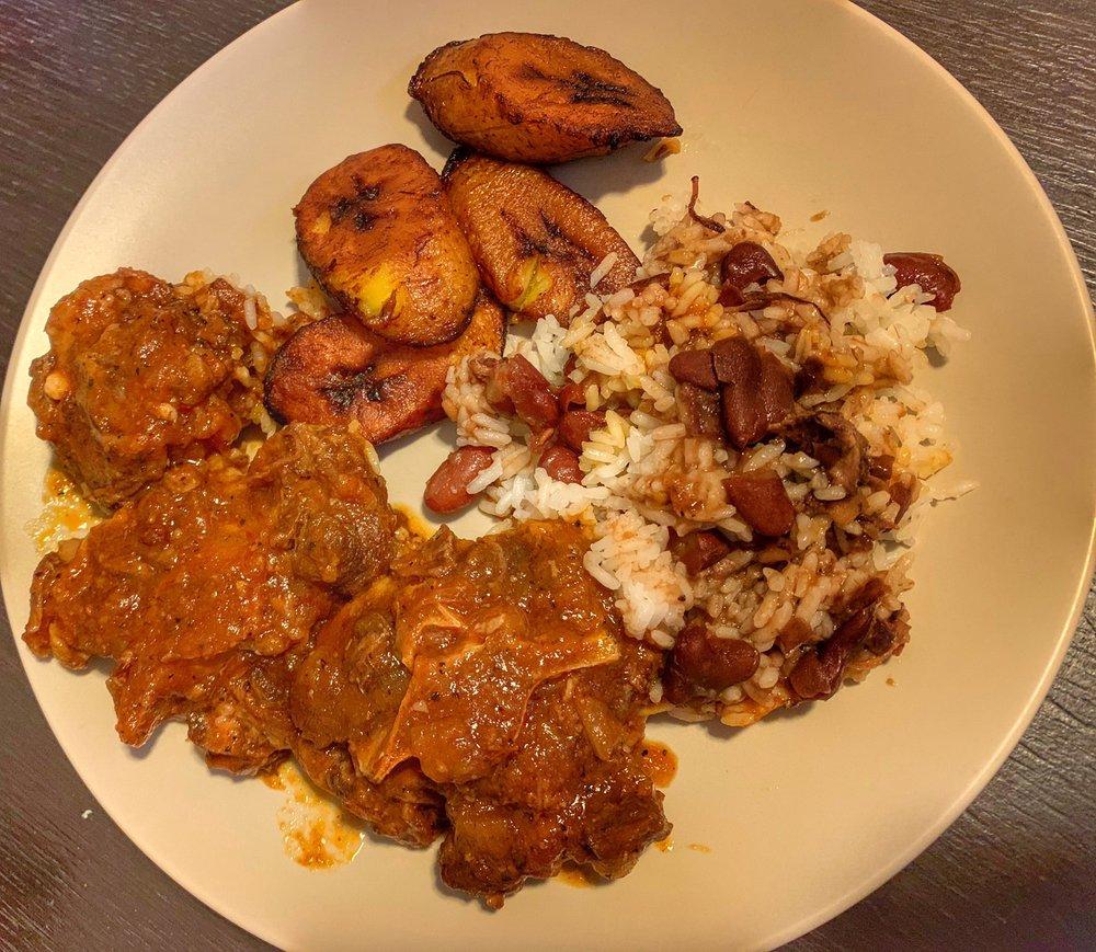 La Giraldilla - Latin Cuisine: 127 Queen Anne Rd, Bogota, NJ