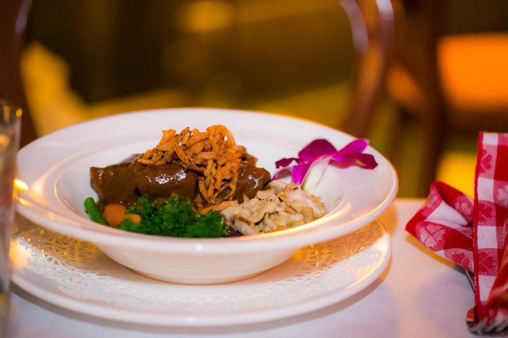 Woods Restaurant: 8655 Cudahy Cir, Mackinac Island, MI