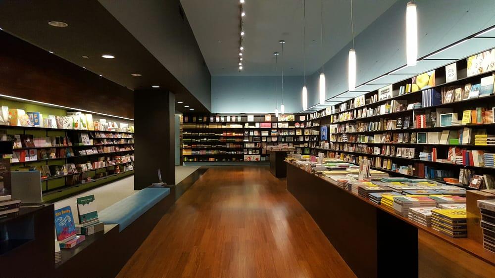 Chronicle Books: 165 4th St, San Francisco, CA