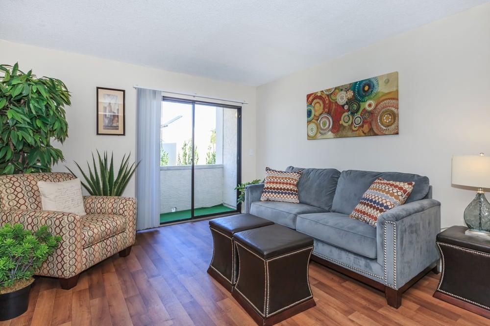 4200 Paradise Apartments by ConAm Management