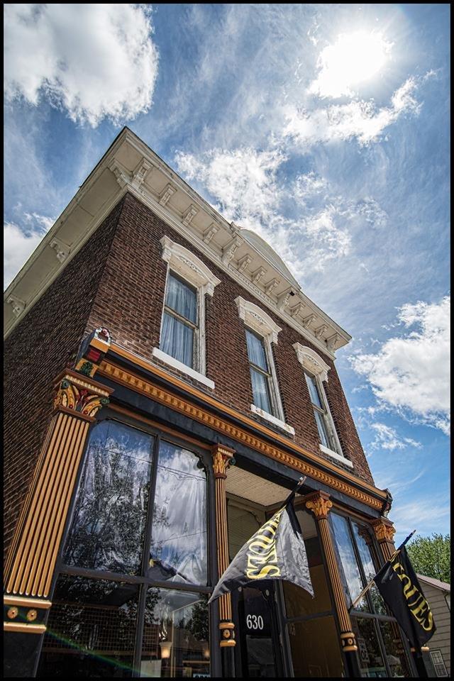 Victorian Antiquities & Design: 630 S 15th St, Logansport, IN
