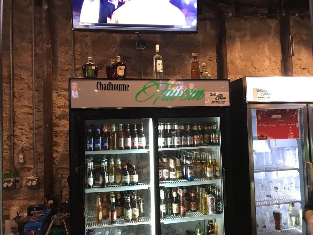 Chadbourne Tavern: 115 S Chadbourne St, San Angelo, TX