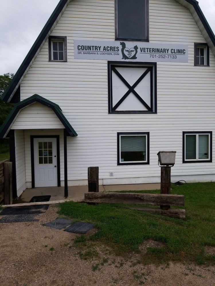 Country Acres Veterinary Clinic: 8279 37th St SE, Jamestown, ND