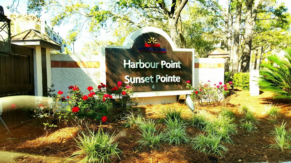 Marriott's Harbour Pointe At Shelter Cove - Slideshow Image 3