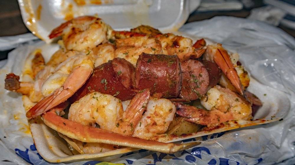 Wats Crackin Garlic Crabs: 368 Candler Rd, Atlanta, GA